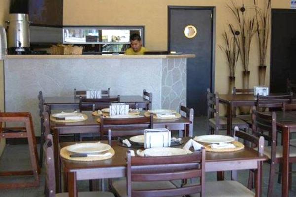 MESA SEGURA: Afinan reapertura de los restaurantes.