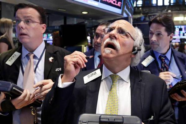 Variante Delta hizo que Wall Street abriera en rojo.