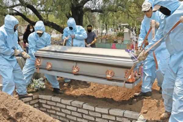 Prevén 70,000 muertes más por Covid-19 en lo que queda del 2021.
